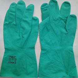Găng tay cao su nitrile chống hoá chất