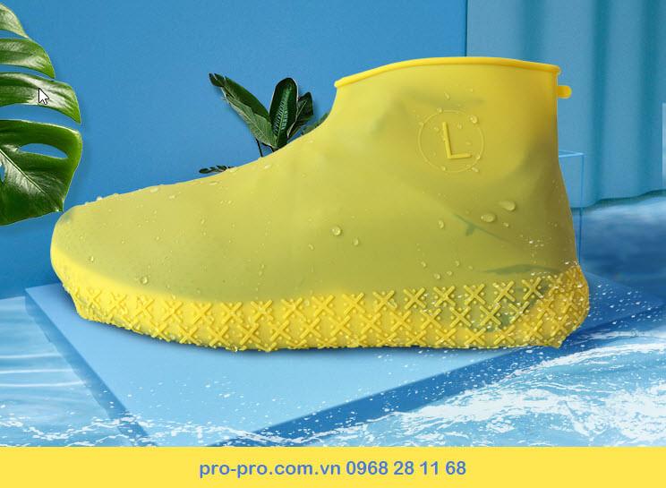 Đồ bọc giày đi mưa bằng silicon chống trượt